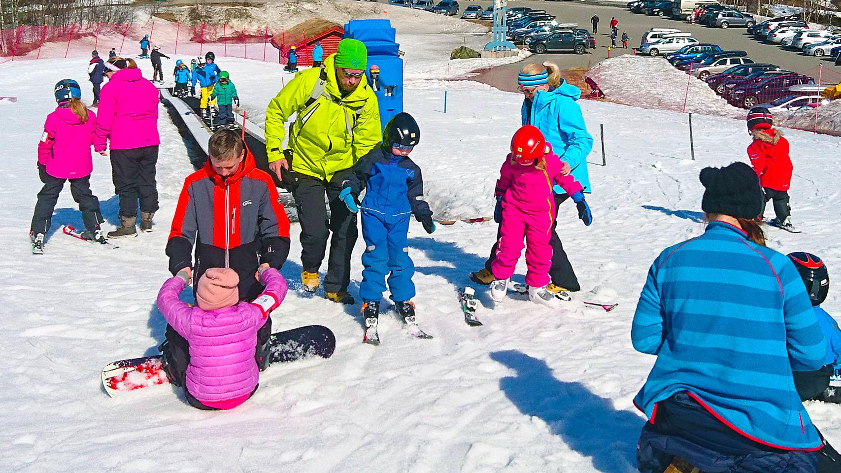 Mange Små Alpinstjerner Har Fått En God Start I Vårt Barenområde.